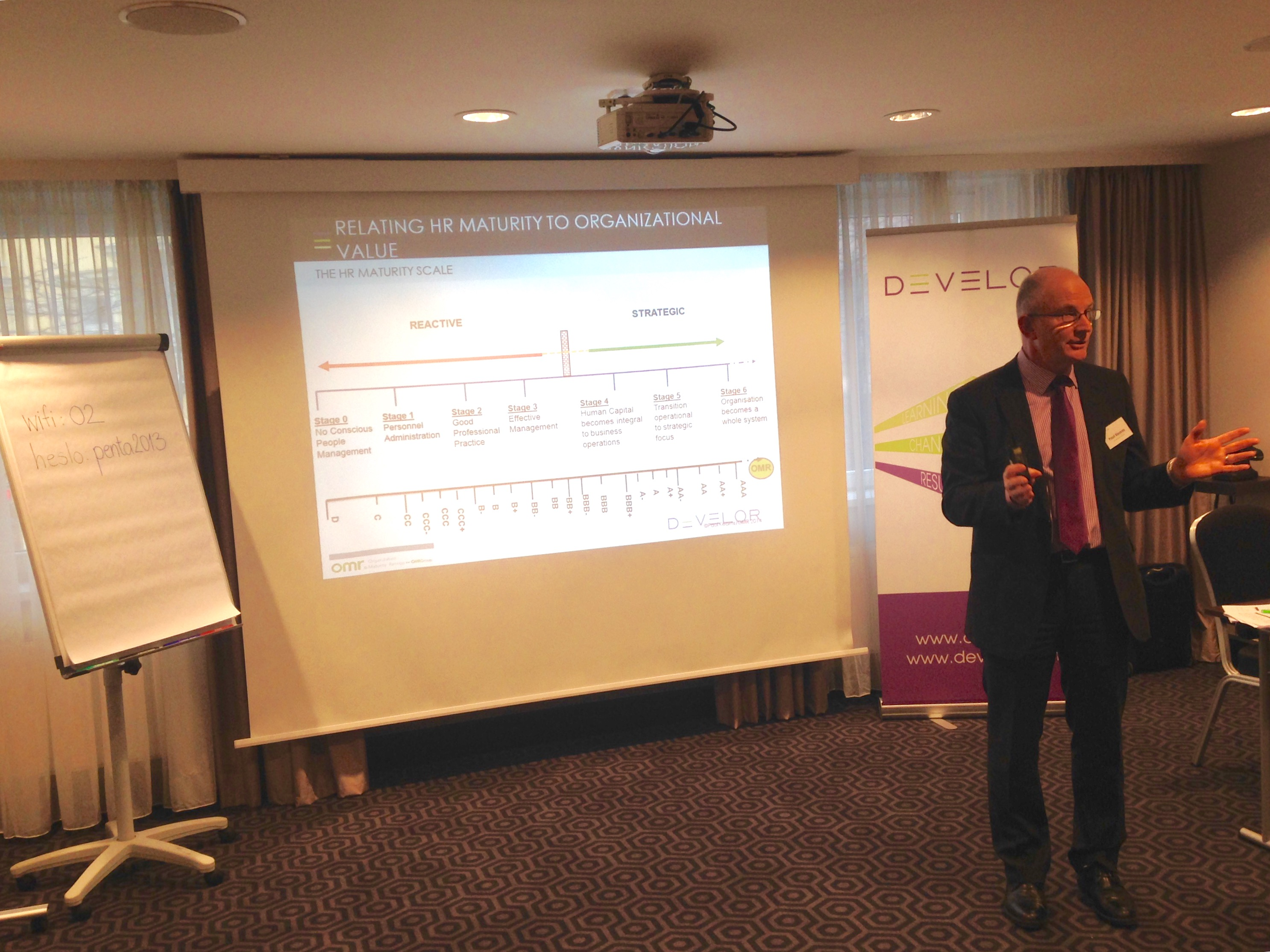 Paul Kearns speaks at a Develor event in Prague